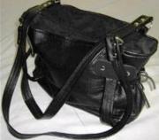Leather Handbag  -  Black Leather  (ERHEABLL)