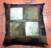 Game Hide & Leather Cushion (ERCUGMSL)