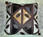 Leaf Motif Cushion (ERCULFHL)